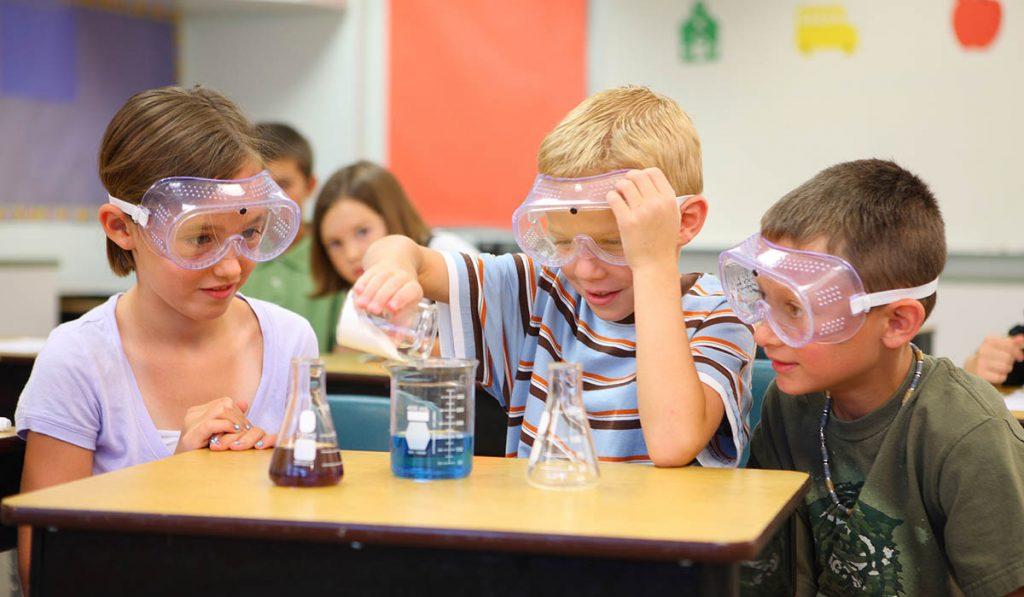 Na dôkazoch založené vzdelávanie