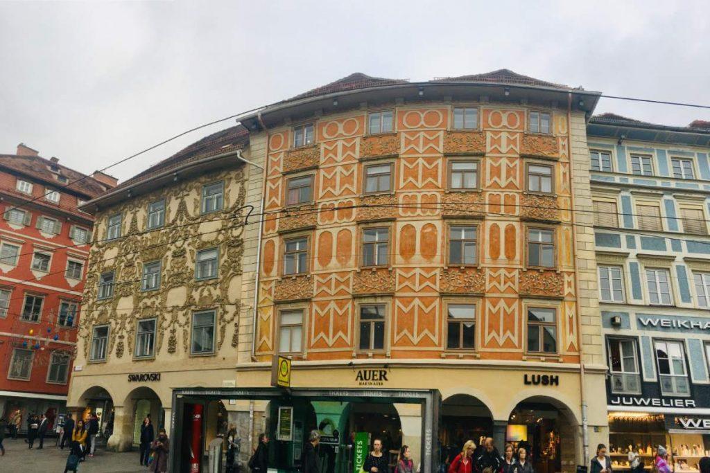 Hlavná nákupná ulica Sporgasse v Grazi