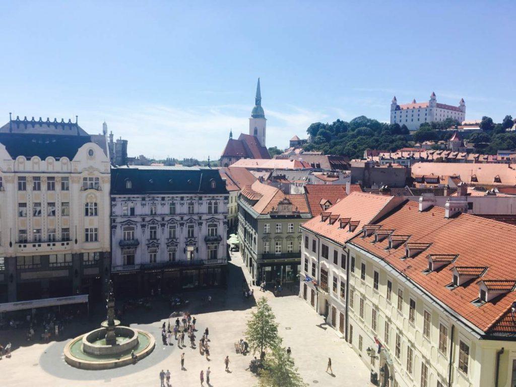 Výhľad z radničnej veže v Bratislave