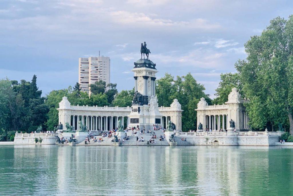 Park El Retiro v Madride