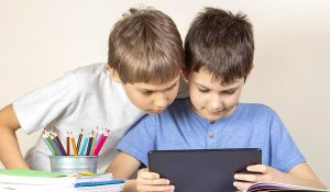 VAmerike sa už štvorročné deti vzdelávajú online
