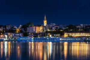 Belehrad v noci, Srbsko